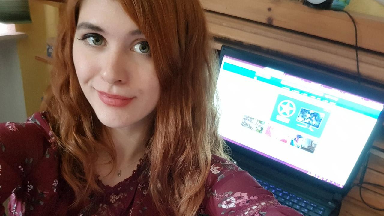 Die Spieleredakteurin Elene Schulz von GameStar.